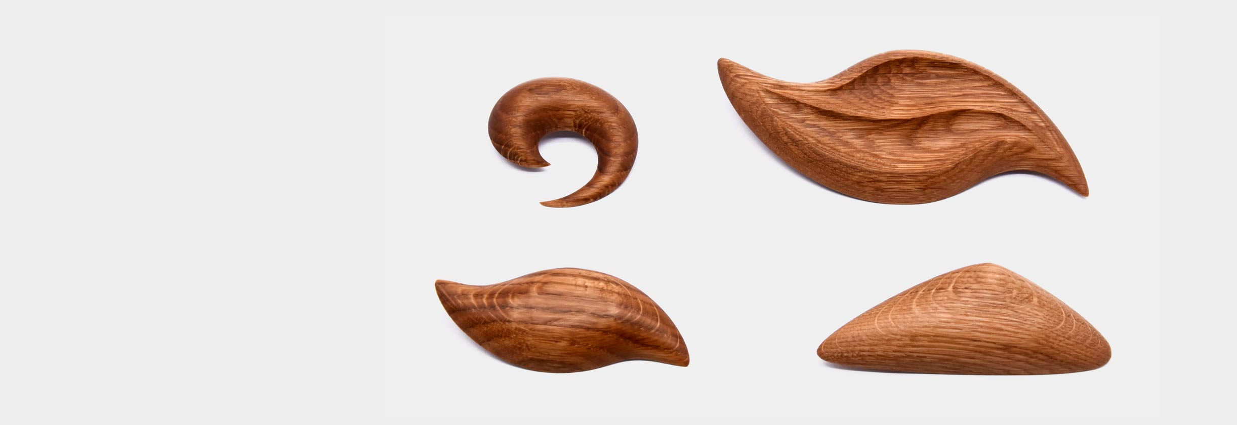 Wooden brooches from oak
