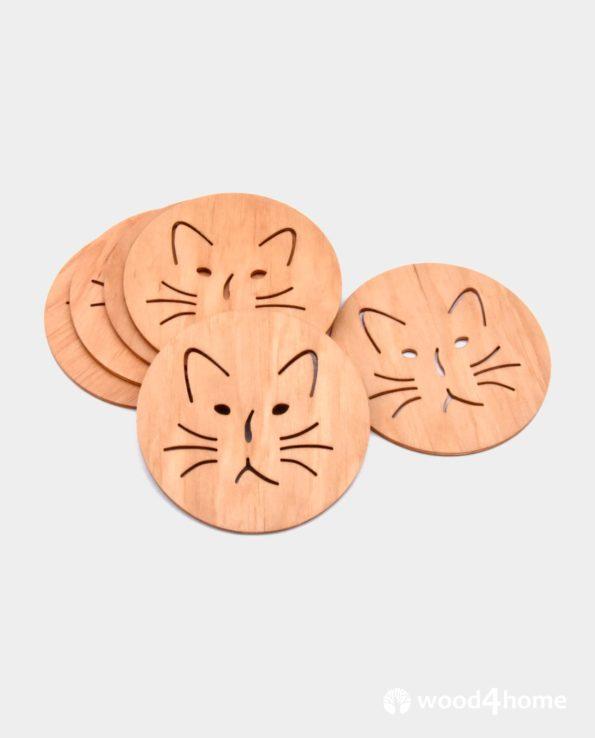 wooden coaster cat